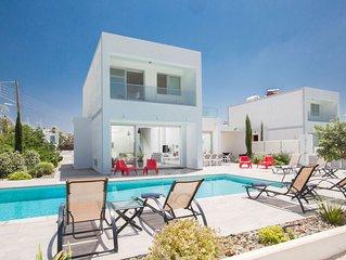 Cyprus In The Sun Celebrity Hollyoaks Villas 235 Platinum