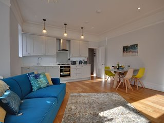 Sunny Daze: Very Close to Beach, 2 Bedrooms, Luxury Edwardian Refurbishment