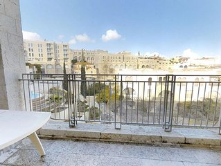 5 Star Billion Dollar Kosher Apt Breathtaking View In Mamilla