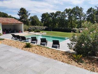 Villa de luxe spacieuse avec piscine privée en provence proche du Mont -Ventoux