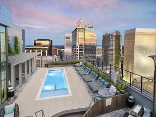 Uptown Charlotte Studio with Breathtaking View