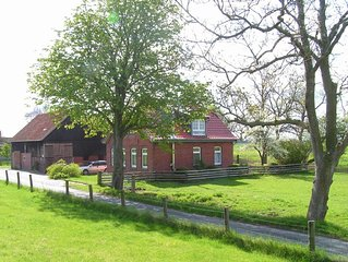Liebevoll u. komfortabel renoviertes Landhaus in idyllischer Lage an der Nordsee