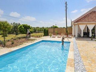 Charming  house with pool - 10 min ride from sea & beach SIBENIK
