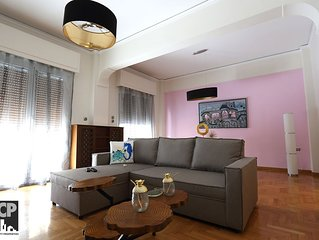 SCP Luxurious apartment (Ioli) in Piraeus center