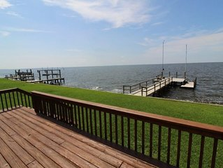 Waveney Cottage in Point Harbor Soundfront 2 Bedroom Home w/ Private Pier