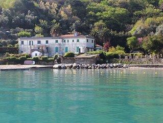 Appartamento sulla spiaggia, 2-6 persone, vista mare, giardino, wifi