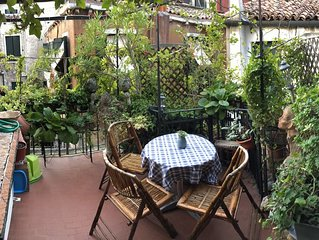 Charming apartment with terrace in earth of Venice with terrace