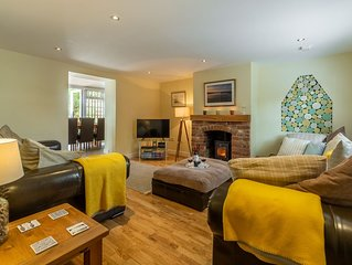 A spacious four bedroom dog friendly cottage in the charming village of Docking.