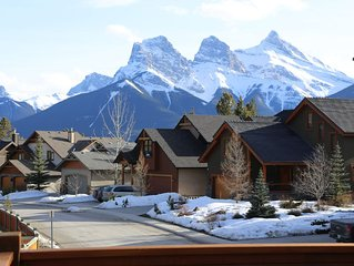 Luxury Mountain Home in Canmore Alberta