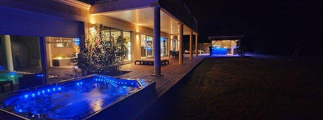 Villa avec piscine interieure a 2 pas du Bassin d'Arcachon