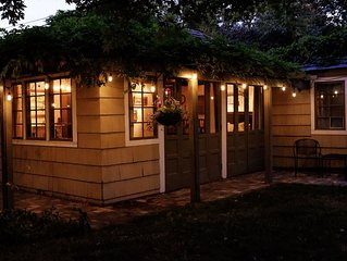 Charming Fort Russell Carriage House - 5 blocks from downtown