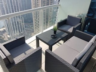 Beautiful 1Bedroom Lakeview Apartment (2708)