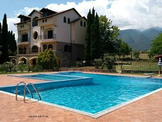 Private Villa with swimming pool - ideal family vacations in Greece!