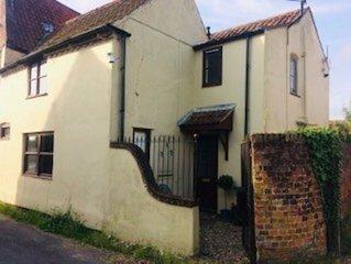 Wensum House Annexe - One Bedroom Cottage, Sleeps 3