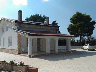 Grande villa avec piscine and Wifi