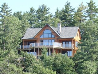 Cedar Ridge Fantastic beauty on Lake Rosseau!