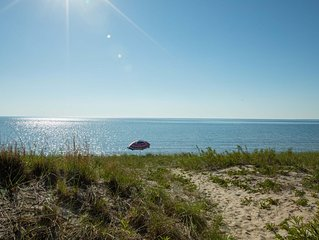 Shore House~Dreamy beach house in Tiny Township