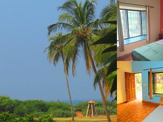 28) Beach Touching Ground Floor 1 Bedroom Apartment