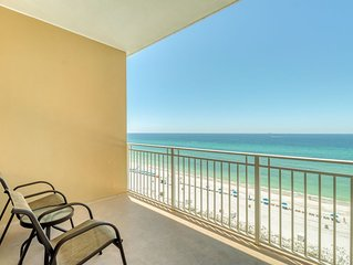 Eighth floor condo w/ shared hot tub and community pool, wake up to beach views!