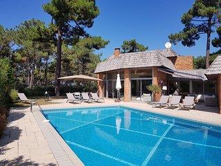Superbe Villa avec piscine à 50 mètres de la Plage Péreire