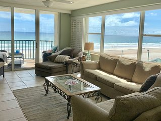 �Beautiful quiet beach with lots of room in our 3/3 unit.  Bright and clean.