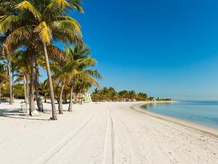 ULTIMATE KEY BISCAYNE GETAWAY! THREE 2BR/2BA APARTMENTS, STEPS TO THE BEACH/POOL