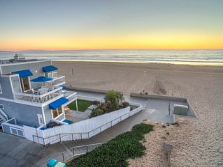Beachhouse used on TV show 90210 Only Home With Sand On 2 Sides!  Top unit