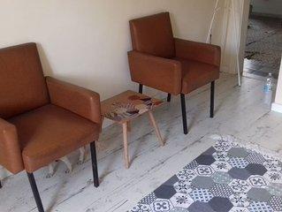 Appartamento recentemente ristrutturato, con terrazza/ patio, aria condizionata