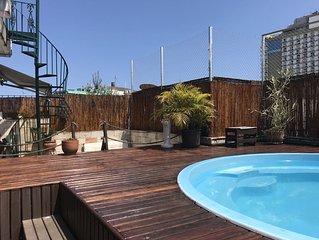Appartement  Duplex atypique , equipe et agreable ,Piscine et barbecue