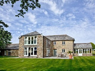 4 bedroom accommodation in Padstow