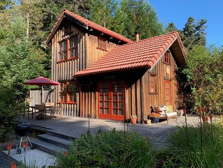 Quiet Cottage on 5 Acres Minutes From Mendocino and Ocean