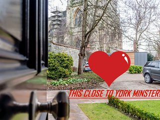 Wow! 3 storey townhouse with York Minster facing you!