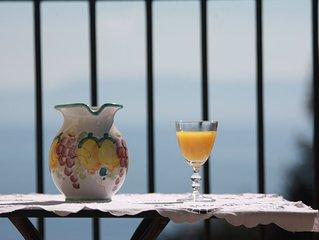 Maison dans villa historique vue mer tranquillité absolue et centre Naples