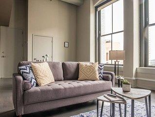 Bright + Cozy Loft in Historic Garment District