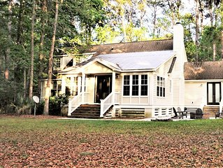 Gorgeous Island Home in Tranquil Location, FREE Golf cart, POOL