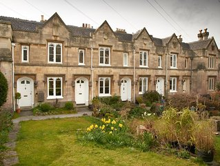 Historic 2-bed almshouse in quiet corner of Bath, ideal for romantic get-aways