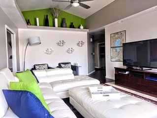 Here Is Your RENO Vacation Home - Sleeps 6, Contemporary Decor, Quiet