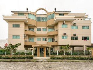 Excelente Apartamento  dois dormitórios sendo  um suíte a 100 metros do mar