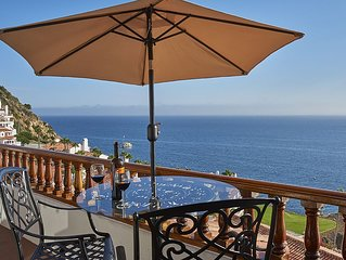 Light, Airy Luxury Hamilton Cove Villa La Casa Sirena w/Golf Cart - Great Value!
