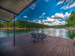 Lakefront*Pontoon Boat*Hot Tub*Swim Platform*Firepit