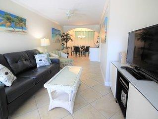 BEACH & POOL! LUXURY MODERN FLORIDA VACATION HOME * BAREFOOT BEACH RESORT! C 201