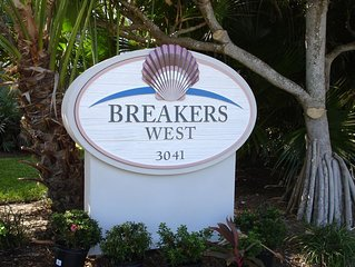 Your Vacation Dream Come True!  Gulfside 2B/2B Condo On Exclusive W. Gulf Dr.!
