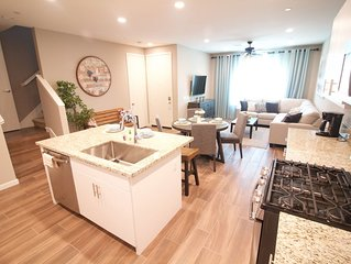Cozy and Charming Fully Furnished 3BD/2.5BR Townhome