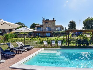 House with private pool, fenced garden 3km from Amelia. Quiet area & nice views