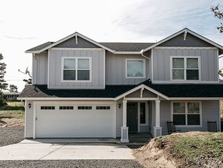 Newly Constructed Home in Gated Beach Front Community -4 bed/3 bath and Hot Tub!