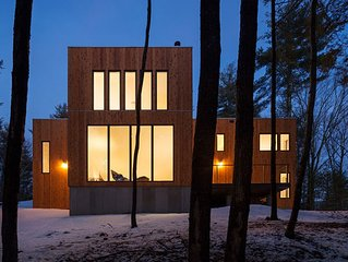 Architect-designed Modern Cabin retreat