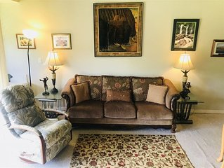 Golfers and families will appreciate the comfort of this well decorated and clea