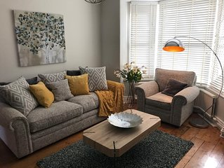 Boutique Style House in Lincoln's Cathedral Quarter with Secured Free Parking.
