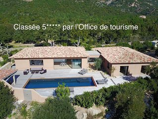 Villa 300m2 10 personnes a Porto-Vecchio, clim, piscine.