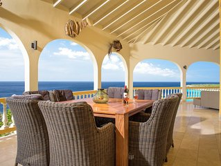On the edge of a cliff with magnificent views of the Caribbean Sea, private pool